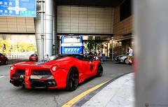 Street life (Richard Nico) Tags: ferrari laferrari ferrarilaferrari supercar hypercar exotic car sportcar luxurycar carspotting carphoto automobile automotive photography