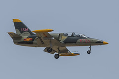 8726, Aero L-39 Vietnam Air Force @ Tuy Hoa VVTH (LaKi-photography) Tags: flugzeug jet plane aircraft avion trainer flughafen ввс エアフォース аэропорт самолет 航空機 空港 aeroporto aeropuerto aviation aviación aviaciónmilitar military militär airbase airport airfield airforce flugplatz spotting aero l39 l39albatros luftfahrt luftwaffe vietnam tuyhoa vvth vietnampeople´sairforce forcaaerea военновоздушныесилы