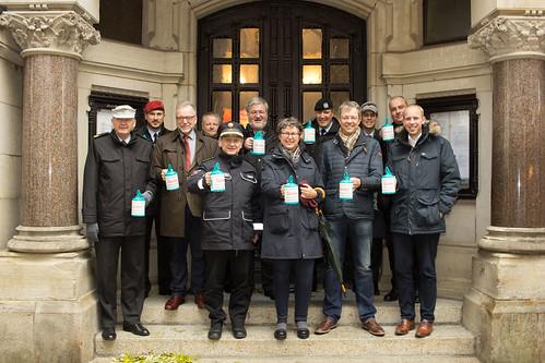 Auftaktsammlung der Kriegsgräberfürsorge in der Oldenburger Innenstadt.