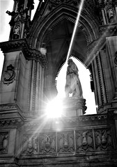 manchester town hall (LozHudson) Tags: manchestertownhall manchester monochrome mono blackwhite blackandwhite fuji x100s fujix100s statue lightshade sun sunbeam lensflare sunray light