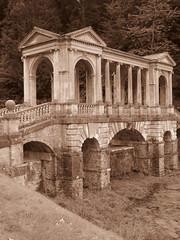 Bath - Prior Park (Dubris) Tags: england somerset bath priorpark nationaltrust landscapegarden georgian architecture building classical palladianbridge monochrome