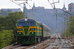 Felipe II 1.10 (Mariano Alvaro) Tags: tren felipe ii diesel renfe alsa alco 2100 2148 321 048 madrid pio escorial octubre otoño