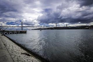 View of the ponte 25 de Abril