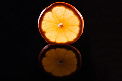 That Orange (Theo Crazzolara) Tags: orange fruit healthy reflection studio macro health nutrition diet gesund gesundheit frucht obst beautiful nice fresh ripe