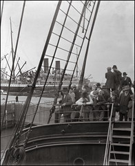Harbor of Szczecin (ookami_dou) Tags: vintage szczecin stettin poland polen ship schiff hafen harbor prinzfriedrichwilhelm stereoview glassnegative pommern pommerania