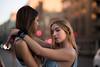 Alba&Rocio-3 (BertoMar) Tags: verde chica chicas gorra tirantes gunsandroses vans gafasdesol rubia atardecer valladolid nikon castaña