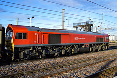 59201 - Peterborough - 09/12/17. (TRphotography04) Tags: db cargo uk 59201 arrives frosty peterborough with the powerhouse 1z59 0742 finsbury park tinsley ss