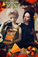 Trick or treat! 🎃 (tarengil) Tags: bjd abjd asian doll dollmore zaolluv zaoll luv halloween elfdoll vivien reminisce autumn trickortreat