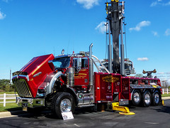Englewood Towing And Recovery's Kenworth Recovery Truck (J Wells S) Tags: kenworth kw kenworthrecoverytruck englewoodtowingandrecovery kenworthtowtruck wrecker midwestregionaltowshow trao towingandrecoveryassociationofohio mason rotatorcrane showtowtruck ohio cincinnati greatwolflodge