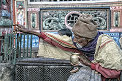 INDIA8617 (Glenn Losack, M.D.) Tags: india hinduism temples jagganath photojournalism street photography prayer puja puri