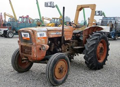 OM 615 (samestorici) Tags: trattoredepoca oldtimertraktor tractorfarmvintage tracteurantique trattoristorici oldtractor veicolostorico
