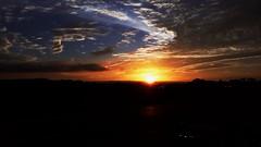 Nascer do Sol (clodo.lima) Tags: sunrise nascerdosol estradas road gratidao beleza br376 espetaculo brasil parana curitiba
