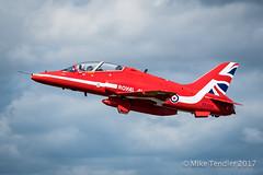 Red Arrow, on takeoff (Michael Tendler) Tags: xf100400mmf4556rlmoiswr aircraft airshow aviation bigginhill festivalofflight fuji fujifilm xt2