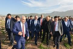 Bakanımız Sayın Ahmet Eşref Fakıbaba ile  #Kumluca ,  #Finike ve #Demre'de incelemelerde bulunduk. Şiddetli yağış ve hortum felaketinden zarar gören vatandaşlarımızla bir araya geldik. Sorunlarını dinledik. (mkaraloglu) Tags: kumluca finike demre