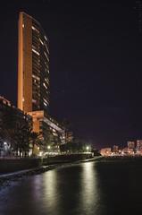 Urbanismo de los 60 - 60's urbanism (jmpastorg) Tags: night noche nocturna alicante españa spain 2017 playa beach mediterranean mediterraneo 1750 vividstriking explore