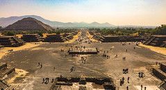 Teotihuacán pyaramids (Dino Fonovic) Tags: mexico teotihuacán pyramid pyramids sun moon aztec aztecs mexicans god gods stars planets amazing