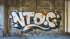 Kupari-Graffiti-2016-DSC_9026 (fjakone) Tags: abandon croatia graffiti grafiti hrvatska kupari war dubrovačkoneretvanskažupanij dubrovačkoneretvanskažupanija hr