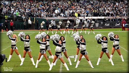 2017 Oakland Raiderettes (Line 2) - Coliseum