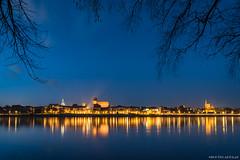 Torun (Piotr Potepa) Tags: toruń torun vistula wisła river city night nightscapes nightscape piotr potepa cityscapes bridge sky water dusk poland