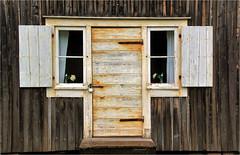 door and windows........ (atsjebosma) Tags: door deur ramen luiken shutters wooden houten atsjebosma 2017 skelleftea sweden zweden