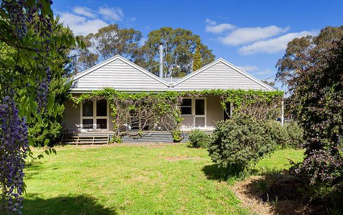 2 Midland Hwy, Castlemaine VIC 3450