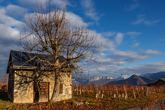 Résidence secondaire ... (Second home...) Savoie Novembre 2017 (gerardcarron) Tags: canon 80d automne calme nature paysage savoie landscape mountains sky