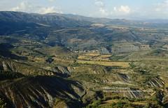 Near Lérida, landscape (blauepics) Tags: spain spanien landscape landschaft cataluña katalonien catalonia hills hügel mountains berge meadows wiese fields felder clouds wolken lérida lleida
