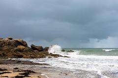 L'éclat des vagues (Voyageurs de vie) Tags: plouescat mer paysage marin vague côte rivage finistere bretagne bzh brittany breizh ocean thunderstorm landscape wave coast sea finistère