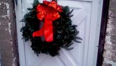 Back door wreath! 365/36 (Maenette1) Tags: back door wreath christmas menominee uppermichigan flicker365 michiganfavorites project365