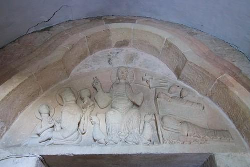 Tympanon portalu południowego kościoła św. Mikołaja w Wysocicach
