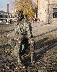 John Cabot (velodenz) Tags: john cabot bristol harbourside statue sculpture velodenz fufifilm x100f fufifilmx100f diigital image pic picture phot photo photograph photography england united kingdom uk great britain gb