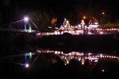 Strings or lights (Sundornvic) Tags: river reflection severn shrewsbury shropshire light night riverbank bridge boathouse