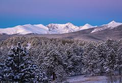 The edge of Twilight (Bill Bowman) Tags: sunrise indianpeaks arapahopeaks niwotridge mountalbion kiowapeak snow freshsnow beltofvenus twilightedge