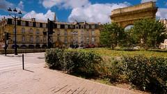 Porte - Bordeaux -4152 (YᗩSᗰIᘉᗴ HᗴᘉS +10 000 000 thx❀) Tags: bordeaux aquitaine gironde architecture france eu europe europa fr town ville city clouds sky hensyasmine yasminehens