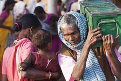 Kawardha - Chhattisgarh - India (wietsej) Tags: kawardha chhattisgarh india market people sony a900 minolta 100