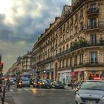Paris Francis ~ Apartments - Hotels - Store Fronts _ Downtown thumbnail