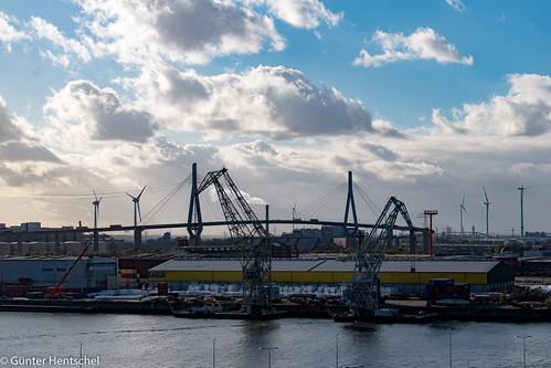 Hamburg - Kreuzfahrt mit der QM 2