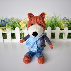 Razzle the Fox (Knitting patterns by Amanda Berry) Tags: fox foxes toys toy knit knits knitter knitters knitted knitting pattern patterns amanda berry fluff fuzz ravelry lets get crafting makers making crafts hobbies little woodland animals animal handmade