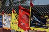 2017. Suwon. (Marisa y Angel) Tags: corée 2017 suwon corea rok southkorea republicofkorea hwaseonghaenggung korea palaciodehwaseonghaenggung hwaseonghaenggungpalace flags banderas