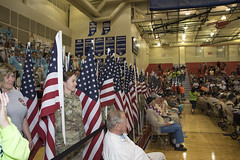 IHF 25 - Homecoming (indyhonorflight) Tags: ihf indyhonorflight 25 homecoming kissing dawnabranson