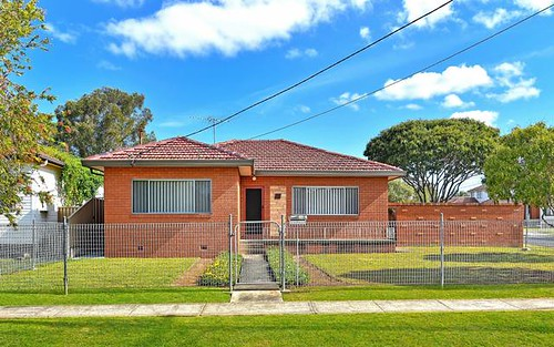33 Arlewis St, Chester Hill NSW 2162