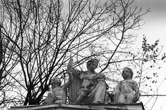 «Upbringing» (Andrey  B. Barhatov) Tags: russia moscow sculpture silberra panchromaticfilm bnwfilm panchromatic bnwmood bnw artinbw bwfp bw monochrome monotone noiretblanc blackandwhite blackandwhiteonly grayscale experimentalphotography ru 2017 moscowwalks d76 analog filmtype135 film filmfilmforever filmoriginal filmmood filmisnotdead filmphoto filmphotography outdoor outdoors travel lomography barhatovcom россия москва скульптура пленка фотопленка чб город городскиезаметки чернобелое улицы art history kiev4a jupiter8 jupiter8m киев4а silberrapan200