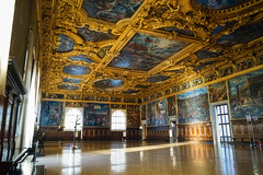 Hall of the Great Council (- Ozymandias -) Tags: venezia veneto italy it italia baroque venice gold palace paintings art city ευρώπη ville grandeville hauptstadt πόλη αναγέννηση βενετία europe ιταλία