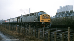 07/01/1973 - Anlaby Road, Hull, East Yorkshire. (53A Models) Tags: britishrail englishelectric type4 class40 d350 350 40150 diesel passenger hull eastyorkshire train railway locomotive railroad