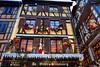 Au vieux Strasbourg (thierrybalint) Tags: nikoniste peluches ourson décoration guirlandes strasbourg maison colombages
