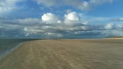 Empty beach (Jaedde & Sis) Tags: blåvand empty challengefactorywinner thechallengefactory friendlychallenges sweep gamewinner