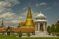 Thailand - Bangkok - Grand Palace - View 01_DSC6068 (Darrell Godliman) Tags: thailandbangkokgrandpalaceview01dsc6068 stupa prang grandpalace bangkok thailand asia temple buddhist buddhism ©dgodliman darrellgodliman wwwdgphotoscouk dgphotos allrightsreserved copyright travel tourism omot flickrelite instantfave nikond7200 nikon d7200 travelphotography travelphotographer architecturalphotography architecturalphotographer