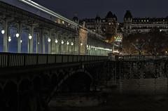 Bir Hakeim en Color Efex (Thierry.Vaye) Tags: pont birhakeim poselongue fuji xm1 métro aérien