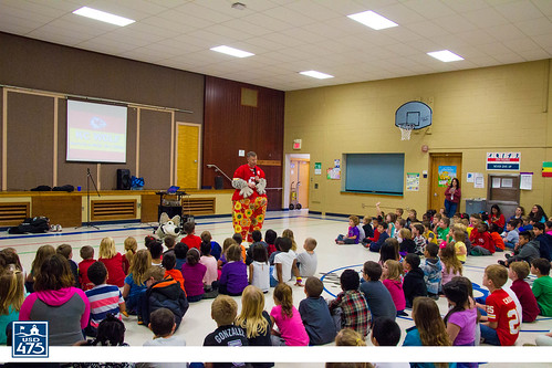 "2017 KC Wolf Visits Sheridan • <a style=""font-size:0.8em;"" href=""http://www.flickr.com/photos/150790682@N02/26790481629/"" target=""_blank"">View on Flickr</a>"