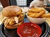 Fried chicken burger and chips AUD15 - Gami, Southland - op5 (avlxyz) Tags: koreanfriedchicken friedchicken coleslaw burger koreanfood fb7